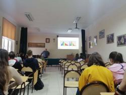 Spotkanie z panem Adamem Stryjem, specjalistą ds. szkoleń z Jeleniogórskich Zakładów Optycznych