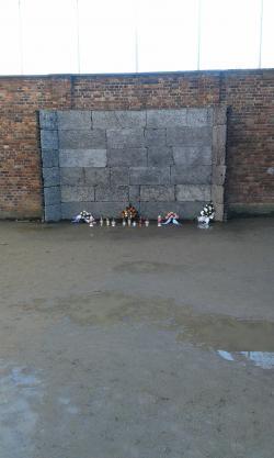 Ściana śmierci w Auschwitz